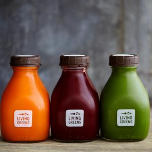 New shorter 500ml square juice glass bottle with plastic evident cap custom printings