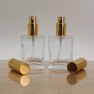 Square 50ml perfume glass bottle with pump spray