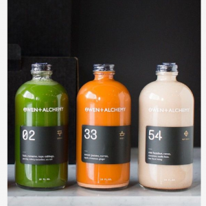 Round organic juice glass bottle custom logo