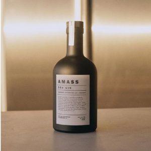 500ml matt black Gin Vodka glass bottle with cork