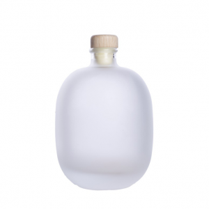 Frosted round 500ml glass bottle with wooden cork for juice wine