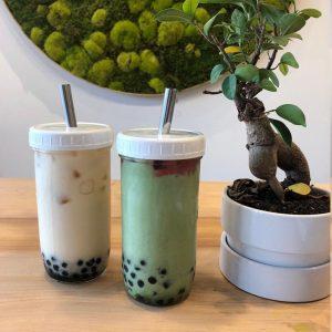 22oz milk tea mason glass jar with plastic cap and boba straw